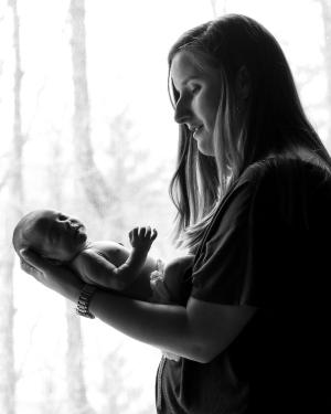 HarmoneeRoseKennett_newborn--4