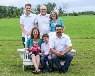 Wells-Hellyer_family-2